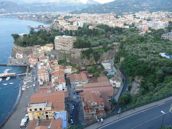 Hotel Bristol: View from balcony over Sorrento