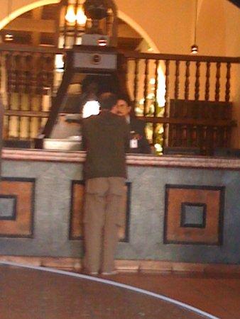 Mision Grand Juriquilla: RECEPCION DEL LHOTEL.
