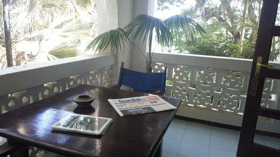 Protea Hotel Zanzibar Mbweni Ruins: Balkon mit Blick auf das Meer