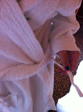 Hotel L'Europe Colmar: peignoir