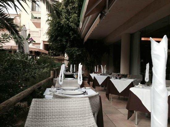 Lago Garden Hotel: Terrasse Restaurant
