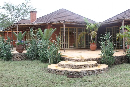 Lemala Kilivillas: View of Villa