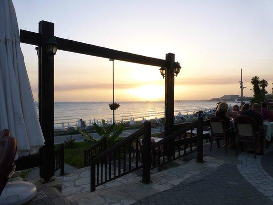Nova Beach: Blick von der Restaurantterrasse Richtung Westen