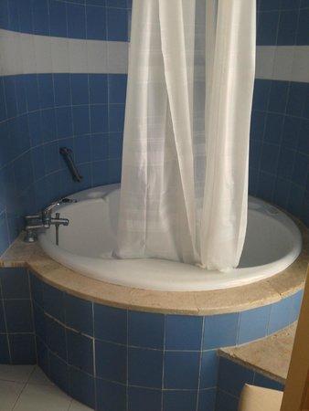 El Hana Palace Caruso Hotel : Bathroom