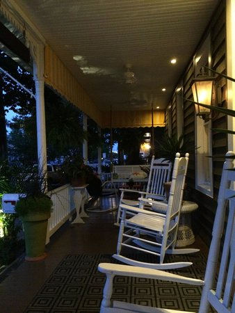 Rehoboth Guest House: Evening on the front porch
