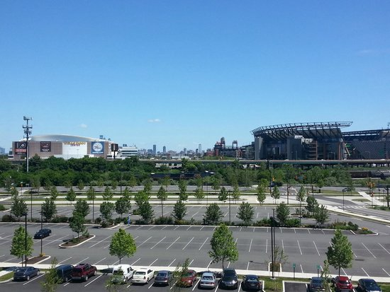 Courtyard by Marriott Philadelphia South at The Navy Yard: View from hotel. 3 Sporting arenas