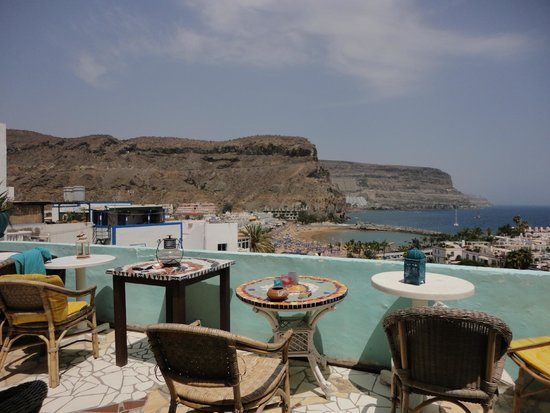 Volver Beach Hostel: view from terrace