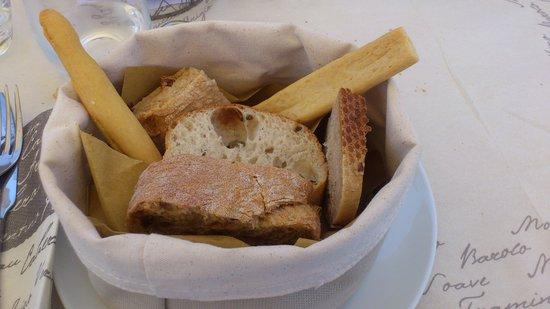 Diversi tipi di pane foto di ristorante casa dei for Diversi tipi di case da costruire