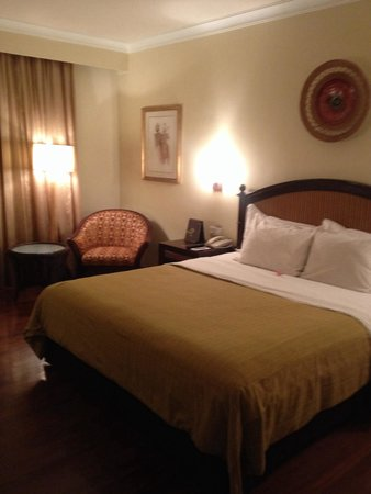 Sheraton Senggigi Beach Resort: Kamar tidur yang nyaman