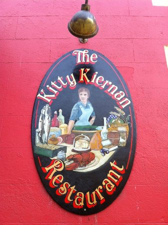 Countrywide Inns - The Greville Arms: the Kitty Kiernan restaurant