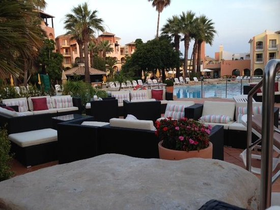 Four Seasons Vilamoura: New Seating area by the top pool