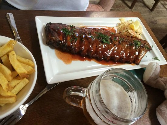 The Donkey Shed Restaurant: Rack of Ribs