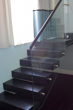 Bay Club Haifa Hotel - an Atlas Boutique Hotel: Moving On Up: The Stairs of the Duplex