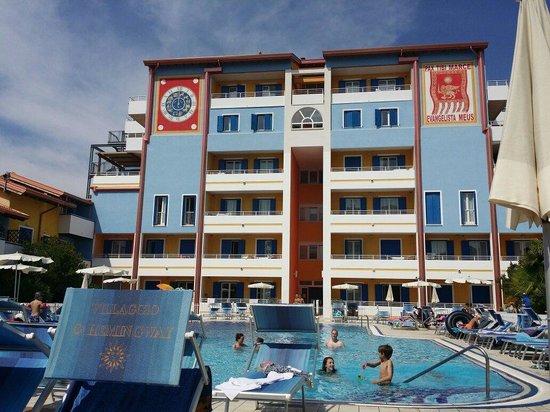 Villaggio Hemingway : Una delle 3 piscine