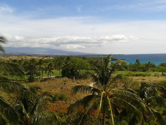 Hapuna Beach Prince Hotel : Clear skies over the mountains
