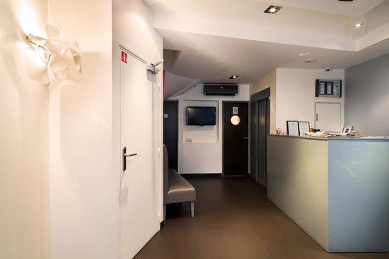 Hotel Arc de Triomphe : Réception