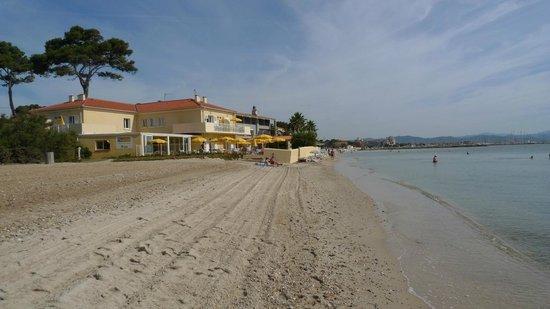 Hotel Lido Beach : Adjacent beach next to hotel