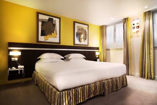 Hotel Arc de Triomphe : Chambre supérieure