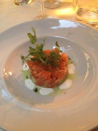 La Cantina del 15: Tartare di salmone