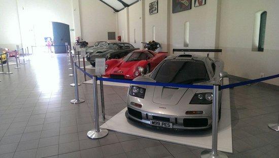 The Franschhoek Motor Museum: McLaren F1