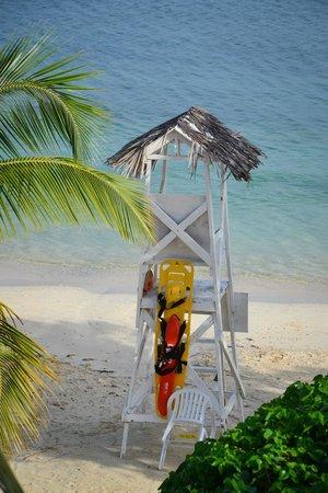 Hotel Riu Montego Bay: Lifeguard house from 5228