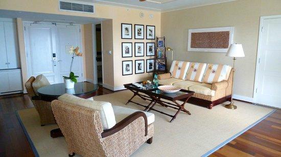 The Kahala Hotel & Resort : Kahala Suite Sitting Room