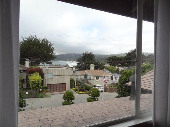 Sandpiper Inn Carmel: View from Room 7