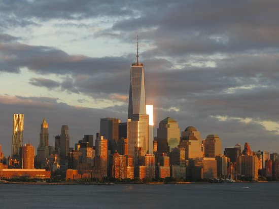 W Hoboken: Freedom Tower View