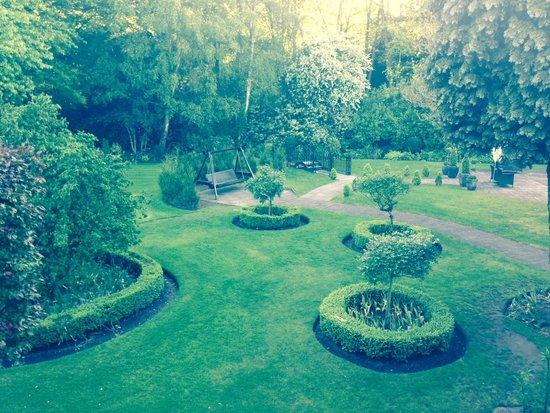 Statham Lodge Hotel: Grounds