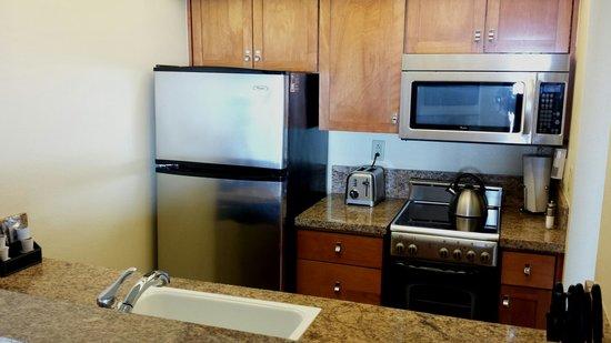 Hyatt Carmel Highlands: Little kitchen