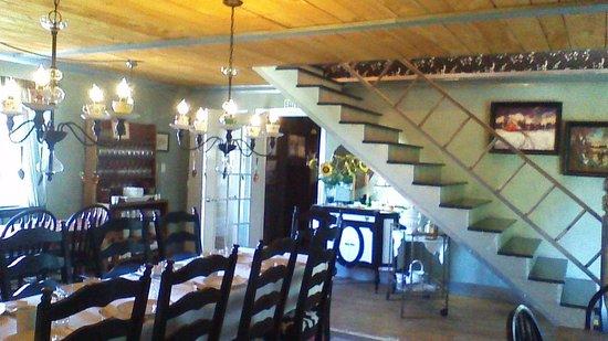 Hazen Manor: Dining Room