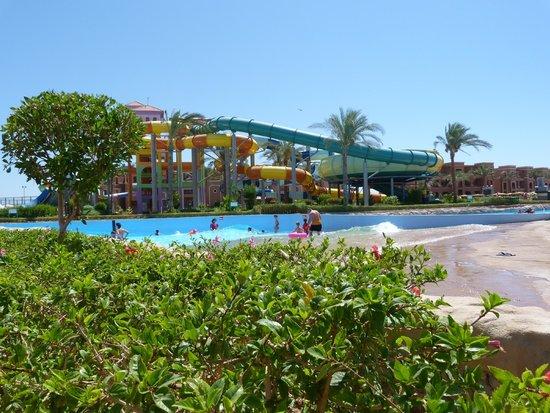 Sea Club Aqua Park : view of the water park area