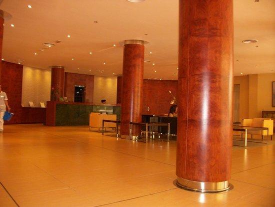 Cala Marsal: Hall de l'hôtel