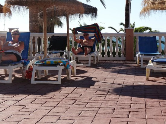 Best Siroco: plenty of sunbeds and parasols