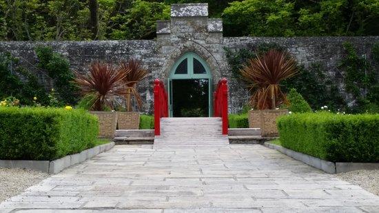 Lough Rynn Castle Estate & Gardens : Garden entrance