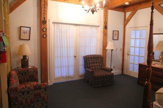 Haan's 1830 Inn: door to second bedroom