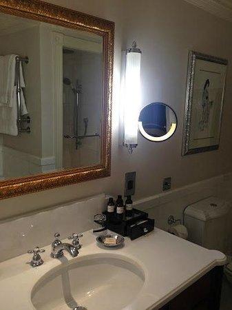The Savoy: lovely bathroom