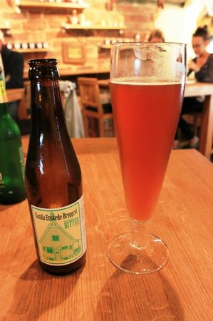 The Hairy Pig Deli: Home-brewed beer