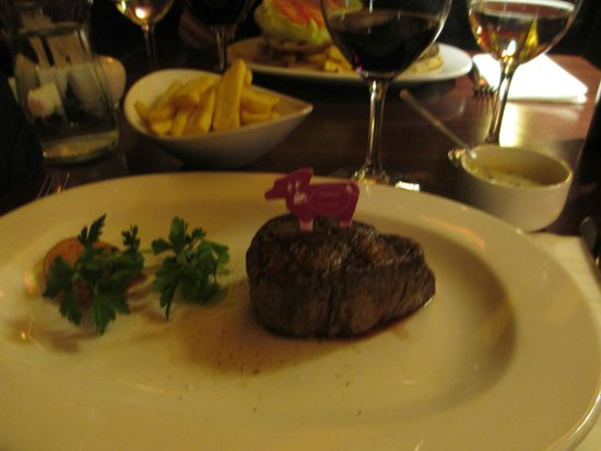 Pampas Steakhouse: *