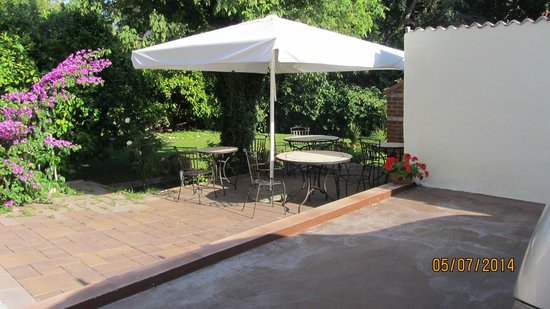 Hotel Villa Vice: Garden