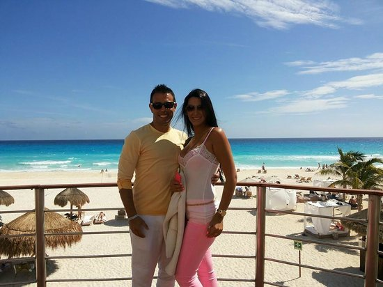 Sunset Royal Beach Resort: deck
