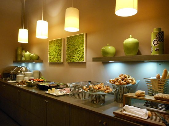 Holiday Inn Paris Gare de Lyon Bastille: 朝食のレストラン