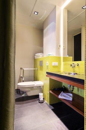 Hôtel Châteaudun Opéra : Salle de bain