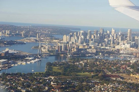 Sydney Harbour: Sydney view from above