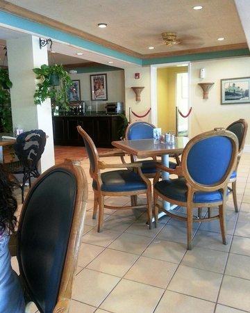 Holiday Inn Key Largo : Bogie's Cafe