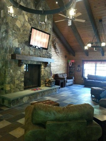 Kings Dominion Camp Wilderness Campground: Inside the store.