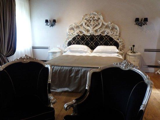 Relais La Corte dei Papi : Luxury suite