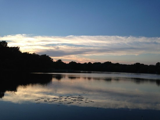 Lake Lenwood Beach & Campground: No words for how beautiful this is