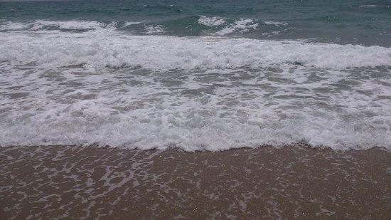 Le Meridien Al Aqah Beach Resort: sea