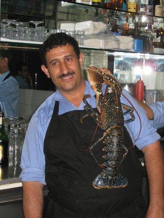Le Flore : Шеф-повар с живым омаром